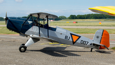 PH-MES - Bucker Jungmann CASA 1131 E - Private