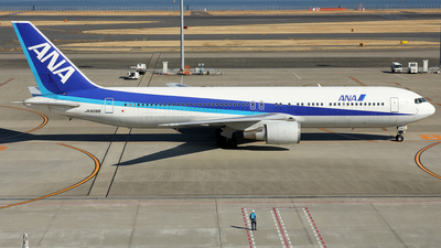JA8288 - Boeing 767-381 - All Nippon Airways (ANA)