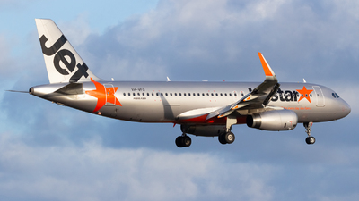 VH-VFQ - Airbus A320-232 - Jetstar Airways