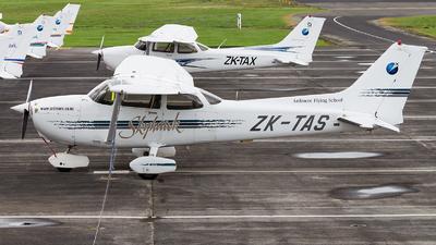 ZK-TAS - Cessna 172R Skyhawk II - Ardmore Flying School