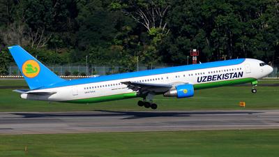 UK-67004 - Boeing 767-33P(ER) - Uzbekistan Airways