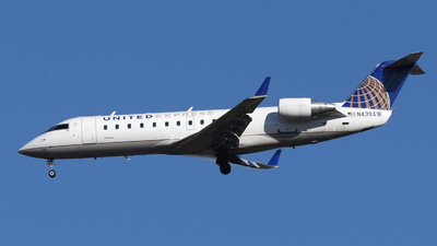 A picture of N438AW - Mitsubishi CRJ200LR - United Airlines - © DJ Reed - OPShots Photo Team