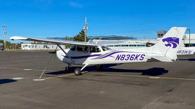 N836KS - Cessna 172S Skyhawk SP - Kansas State University
