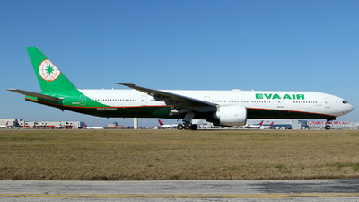 A picture of B16716 - Boeing 77735E(ER) - EVA Air - © Carlos Barcelo