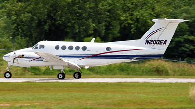 N200EA - Beechcraft B200 Super King Air - Private