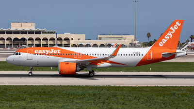 A picture of GUZLC - Airbus A320251N - easyJet - © Chris Camille