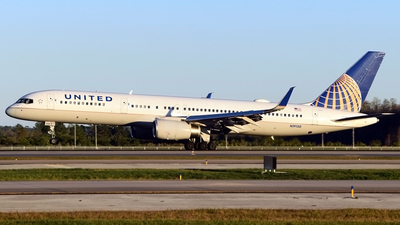 A picture of N19130 - Boeing 757224 - United Airlines - © Doug Marsh