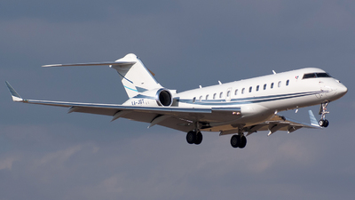 XA-JGT - Bombardier BD-700-1A11 Global 5000 - Private