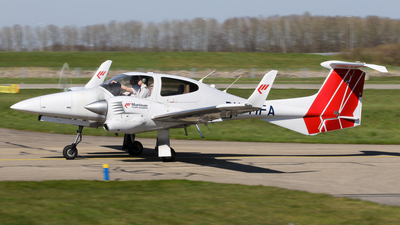 PH-MFA - Diamond DA-42 NG Twin Star - Martinair Vliegschool