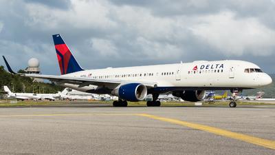 N689DL - Boeing 757-232 - Delta Air Lines