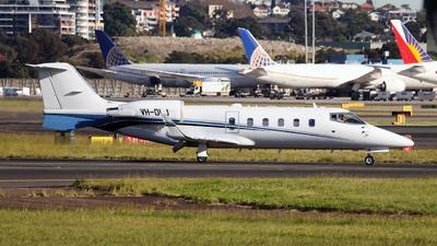 VH-OLJ - Bombardier Learjet 60 - Private