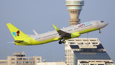 HL7561 - Boeing 737-8B5 - Jin Air