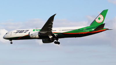A picture of B17883 - Boeing 7879 Dreamliner - EVA Air - © mobfeng
