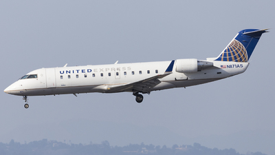 A picture of N871AS - Mitsubishi CRJ200LR - United Airlines - © Wordpress