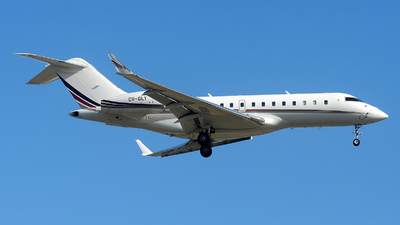 A picture of CSGLY - Bombardier Global 5000 - NetJets - © Alexander Portas
