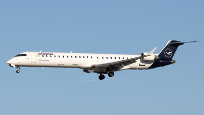 A picture of DACNA - Mitsubishi CRJ900LR - Lufthansa - © Michael Knüfer