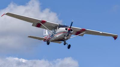 A picture of CGUNE - Cessna 172I Skyhawk - [17256885] - © Michal Mendyk