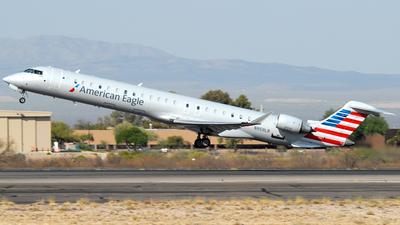 A picture of N959LR - Mitsubishi CRJ900LR - American Airlines - © Jason Whitebird