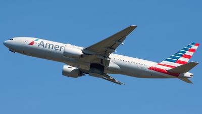 A picture of N767AJ - Boeing 777223(ER) - American Airlines - © Aldo Bidini