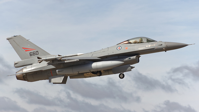 660 - Lockheed Martin F-16D Fighting Falcon - Norway - Air Force