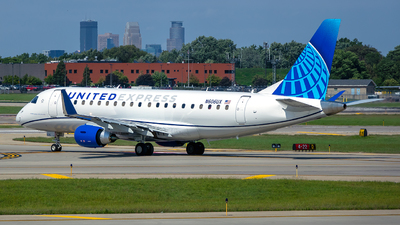 A picture of N606UX - Embraer E175LL - United Airlines - © bgkicks49