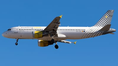 EC-JTR - Airbus A320-214 - Vueling Airlines