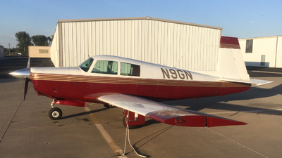 N9GN - Mooney M20E - Private