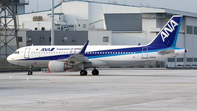 A picture of JA01VA - Airbus A320214 - All Nippon Airways - © kouyagi