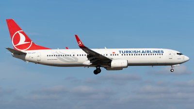 A picture of TCJYF - Boeing 7379F2(ER) - Turkish Airlines - © Alberto Plá