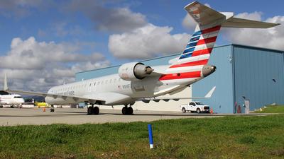 A picture of N916FJ - Mitsubishi CRJ900ER - American Airlines - © Kendrick Dlima
