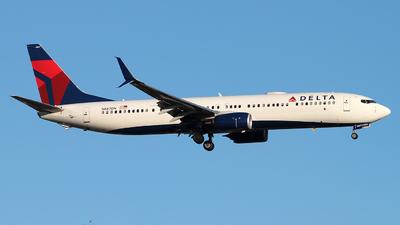N887DN - Boeing 737-932ER - Delta Air Lines