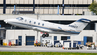 N495CT - Hawker Beechcraft 400A - Private