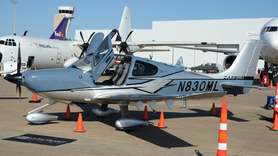 A picture of N830ML - Cirrus SR22T - [1956] - © Siddarth Bhandary