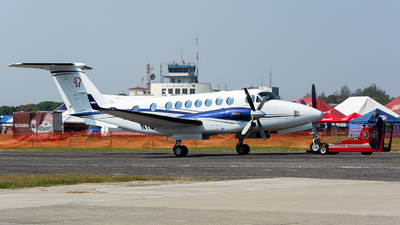 N169KA - Beechcraft B300 King Air 350i - Private