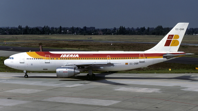 EC-DNR - Airbus A300B4-120 - Iberia