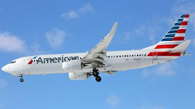N305NX - Boeing 737-823 - American Airlines
