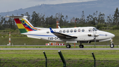 FAB-048 - Beechcraft B300 King Air 350i - Bolivia - Air Force