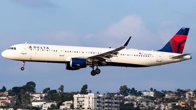 N339DN - Airbus A321-211 - Delta Air Lines