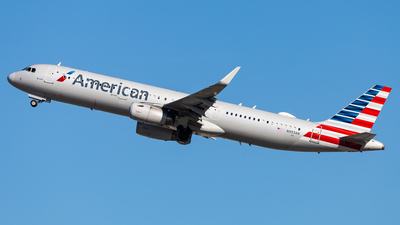 A picture of N993AN - Airbus A321231 - American Airlines - © Brandon Giacomin