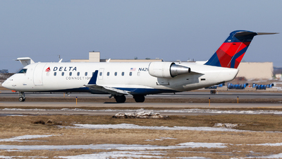 N429SW - Bombardier CRJ-200ER - Delta Connection (SkyWest Airlines)
