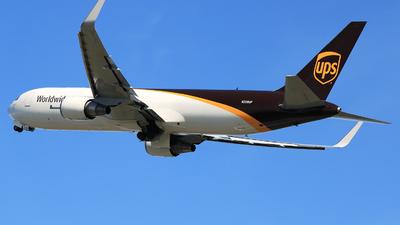 N309UP - Boeing 767-34AF(ER) - United Parcel Service (UPS)