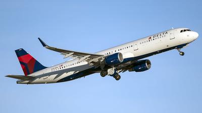 N361DN - Airbus A321-211 - Delta Air Lines