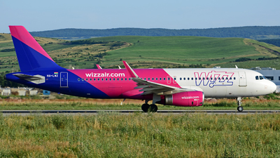 A picture of HALWZ - Airbus A320232 - Wizz Air - © Stefan Alexandru