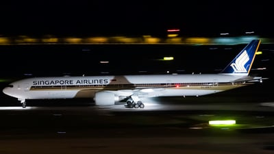 9V-SWY - Boeing 777-312ER - Singapore Airlines
