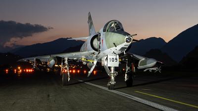 R-2109 - Dassault Mirage 3R - Private