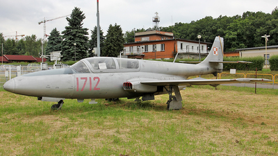 1712 - PZL-Mielec TS-11 Iskra Bis D Iskra - Poland - Air Force