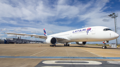 A7-AQB - Airbus A350-941 - Qatar Airways (LATAM Airlines)