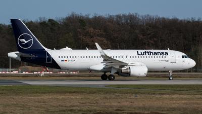 A picture of DAIZP - Airbus A320214 - Lufthansa - © Tim Kaempfer
