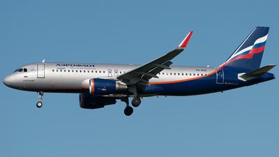 VQ-BSE - Airbus A320-214 - Aeroflot