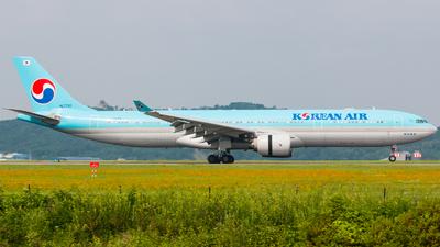 HL7720 - Airbus A330-323 - Korean Air